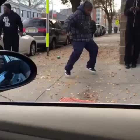 He hit the Spinnarooni on niggas ???????????????? - Vine by Rich Gang - He hit the Spinnarooni on niggas 😂😭😭😂