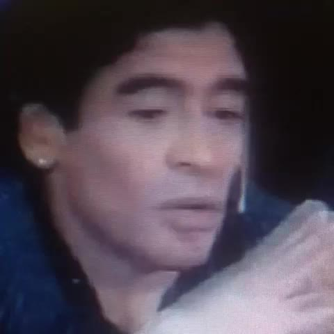 Estas palabras sentía Maradona al ver al CH8 #DescanzaEnPazChespirito - Televisa Deportess post on Vine