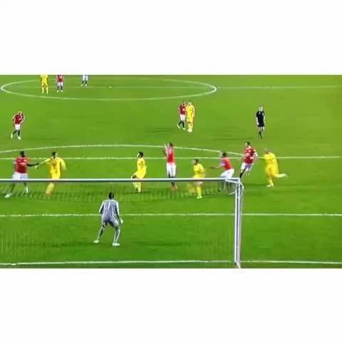 Vine by FOLLOW OUR TWITTER @ManUtds_News - Nick Powells goal against Liverpool U21s tonight! #MUFC