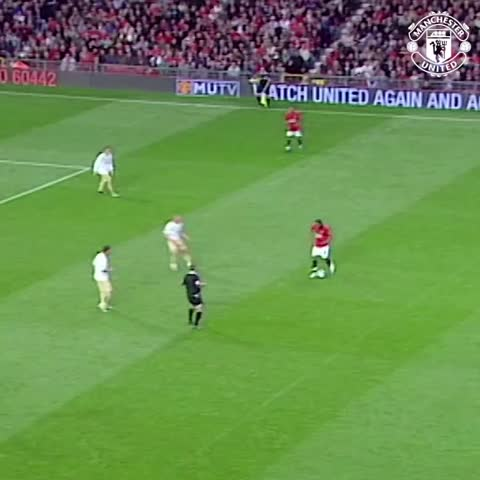 Vine by Manchester United - How does this skilful backheel from Rooney rank among #mufcs best assists? #UnitedToday