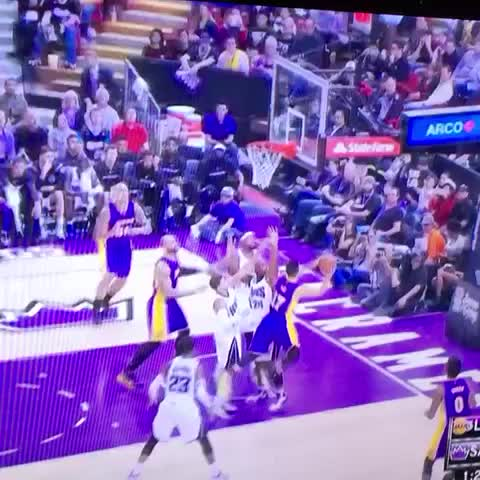 Vine by Kevin Fippin - Ben McLemore takes flight and gives the Kings the lead! #WheelsUpFlight23