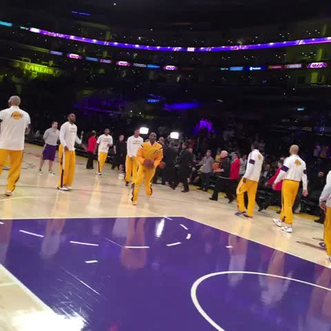 Vine by Lakers - In the zone.