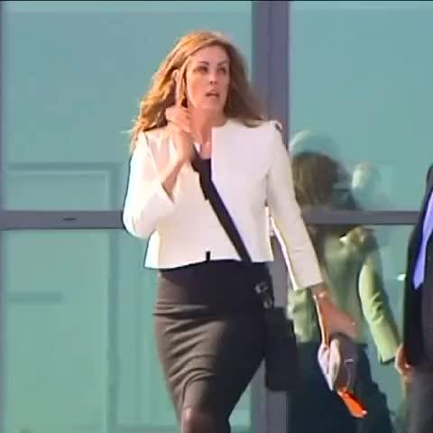 Vine by Dan Conifer - .@CUhlmann with new details on Stuart Robert/Peta Credlin exchange tonight on ABC News #Auspol