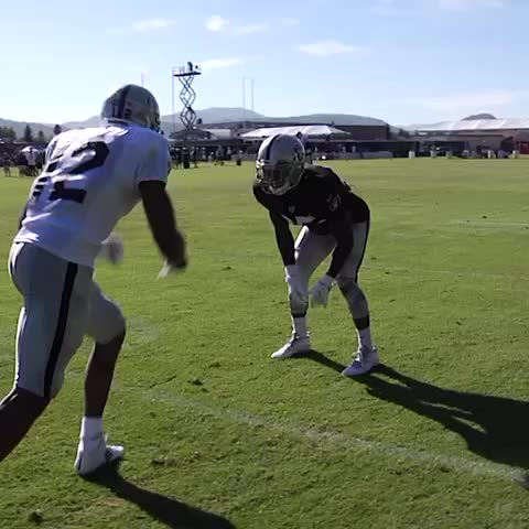 Vine by OAKLAND RAIDERS - 👀 @Brice_Butler 👏