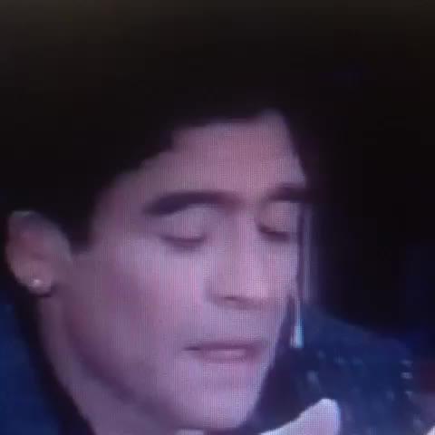 Televisa Deportess post on Vine - Recuerda el momento en el que Maradona le agradeció a Chespirito - Televisa Deportess post on Vine