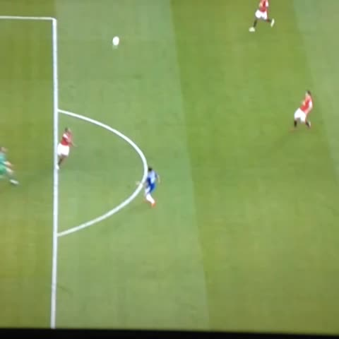 Vine by @HarryCFC_ - Deliberate handball from De Gea. Outrageous.