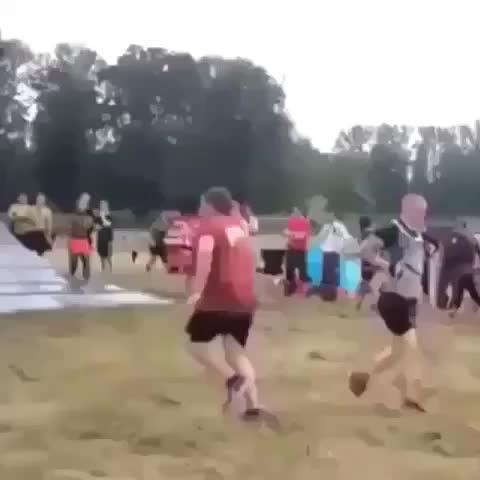 il est tombé comme une merde mdrrrrrr - Vine by Best Vines - il est tombé comme une merde mdrrrrrr