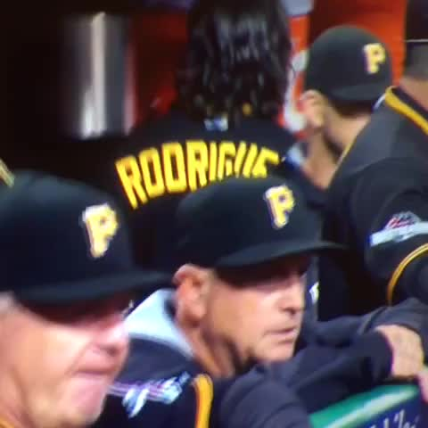 Sean Rodriguez after reading Darren Rovells book about Gatorade. - Vine by Dave Lozo - Sean Rodriguez after reading Darren Rovells book about Gatorade.