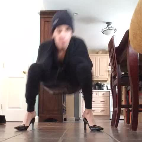 Vine by just jamie - MY DAD WALKED IN ON ME FILMING THIS IM SCREAMING