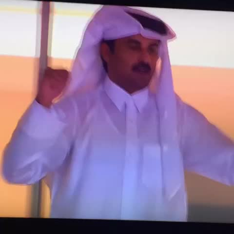 Vine by فـهـد بـوزويـر - تستاهل يابوحمد وفالك وفال هل قطر الكاس يارب #LiveitWinit #Qatar #العنابي_انت_قدها