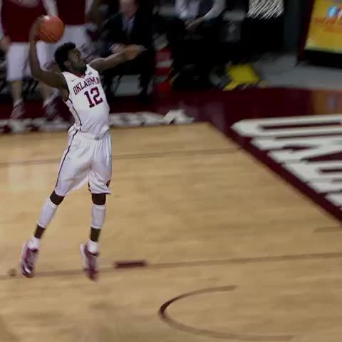 Vine by Oklahoma Basketball - Khadeem and Jordan with impressive slams in the 45-point win over Texas Tech! #Sooners