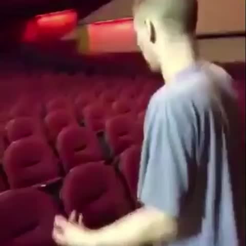 Vine by Kevin - 👋
