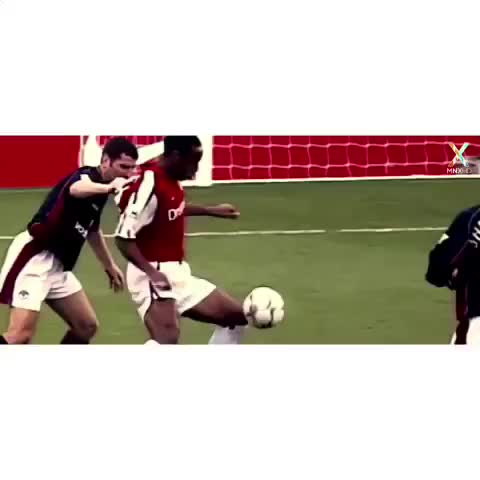 - Vine by Footballogue