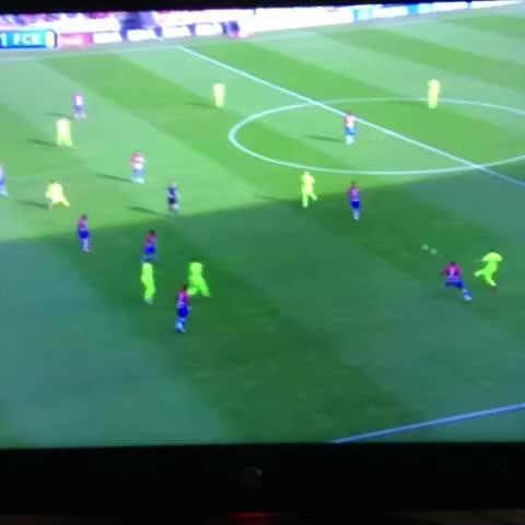 Vine by GoalsFCB - Rakitic goal