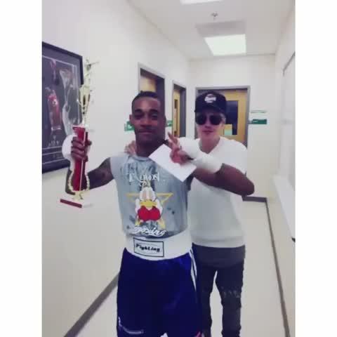 Vine by Justin Bieber Updates - Sammy: @lilza the champ - via @Shots #JustinBieberUpdates