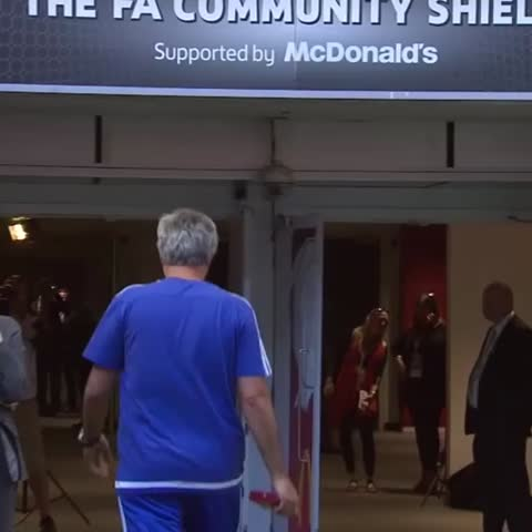 Vine by BT Sport Football - Jose Mourinho says he doesnt keep runner-up medals so he threw it to an @Arsenal fan. #CommunityShield