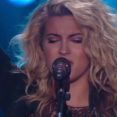 Vine by MTV - SLAAAY Tori Kelly!