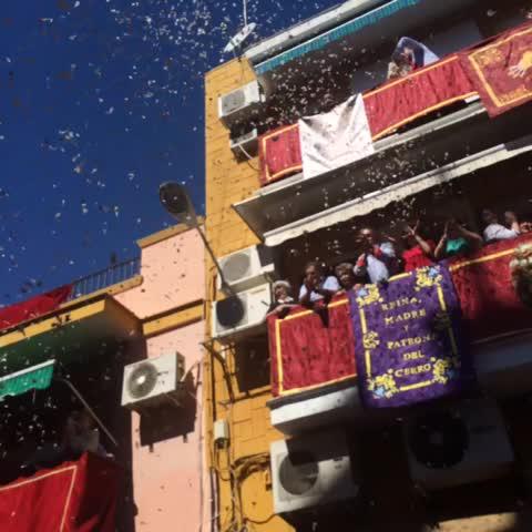 Vine by Pasión en Sevilla - Locura en el Cerro con la Virgen de los Dolores #SSantaSevABC
