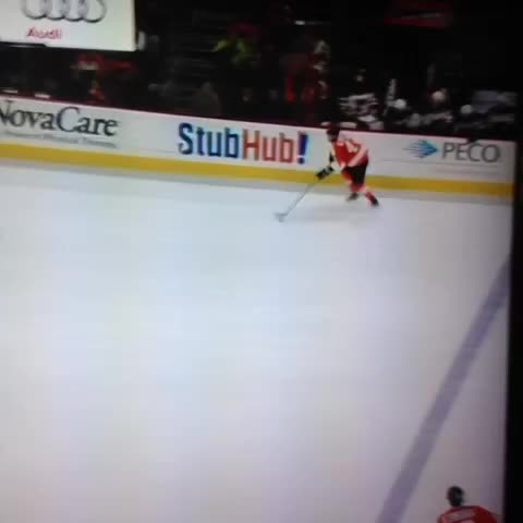 Vine by Scott T. - Andrew MacDonald smooth af on the power play