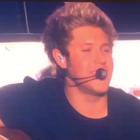 Vine by 1Dxclusive Clips - Niall during Little Things. I hope this makes you smile. Im posting so much more.