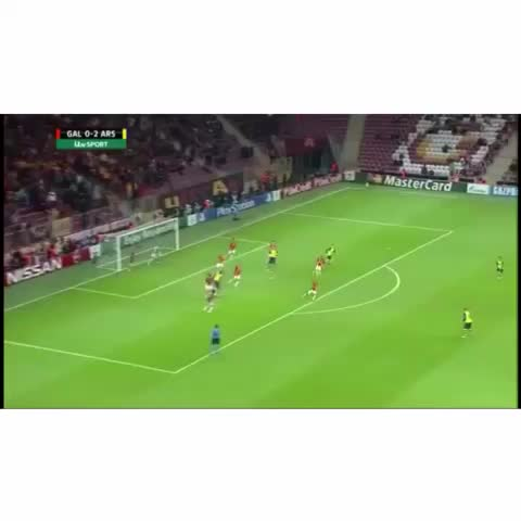 Aaron Ramsey unbelievable goal???? #Ramsey #Arsenal #Galatasaray #ChampionsLeague #UCL #Unbelievable #Sports  #Wales #Soccer #Goal - Vine by Soccer Impact - Aaron Ramsey unbelievable goal😱 #Ramsey #Arsenal #Galatasaray #ChampionsLeague #UCL #Unbelievable #Sports  #Wales #Soccer #Goal