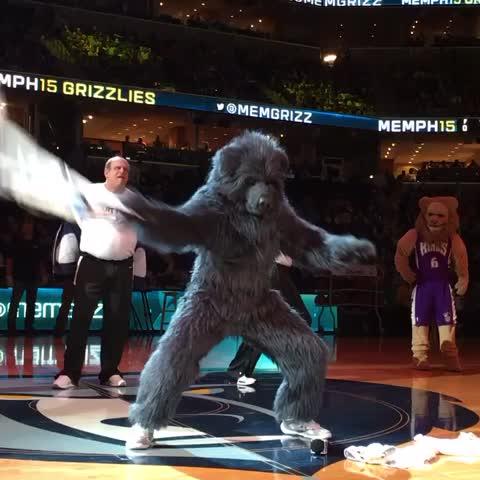 Vine by Memphis Grizzlies - Birthday, its his birthday...... (2 Chainz voice)