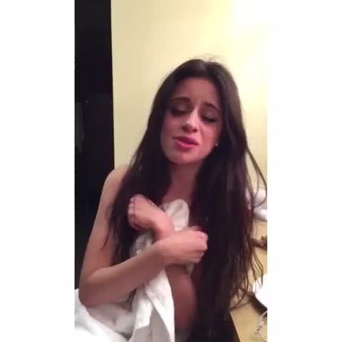 Vine by Dems - Camila ????