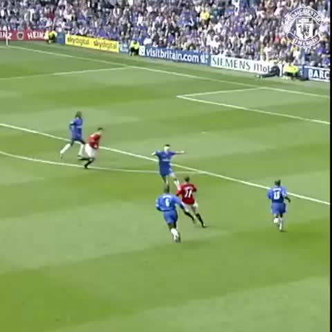 Vine by Manchester United - Ruud van Nistelrooys sharp shooting helped #mufc to victory at Chelsea in 2002.