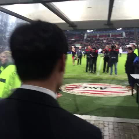 Groots afscheid van een groot PSVer! Ji-Sung bedankt! #eendrachtmaaktmacht - Vine by PSV - Groots afscheid van een groot PSVer! Ji-Sung bedankt! #eendrachtmaaktmacht