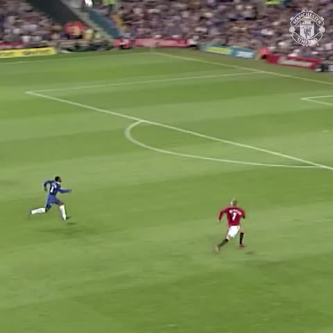 Vine by Manchester United - Great strike from Becks at Stamford Bridge! #mufc
