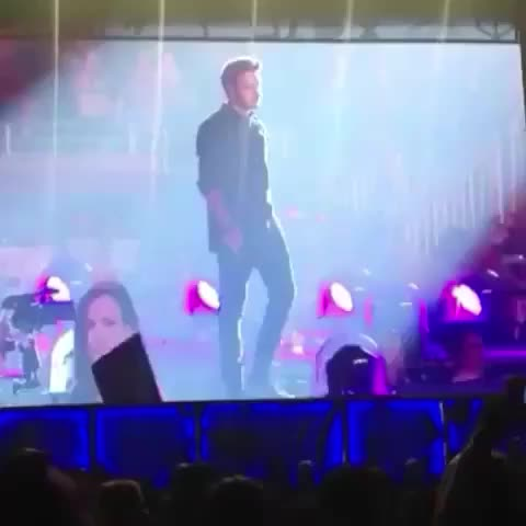 LOOK HOW HAPPY LIAM IS WHEN EVERYONE SANG HAPPY BIRTHDAY TO HIM #otradetroit #otra #OTRATour #OTRAT - Vine by OTRA Updates - LOOK HOW HAPPY LIAM IS WHEN EVERYONE SANG HAPPY BIRTHDAY TO HIM #otradetroit #otra #OTRATour #OTRAT