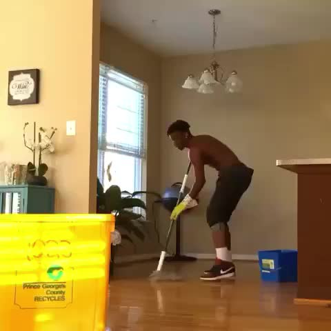 Vine by Funniest Vines - When youre mopping the floor and your shit comes on... ???????? - Vine by Funniest Vines - When youre mopping the floor and your shit comes on... 😂👀
