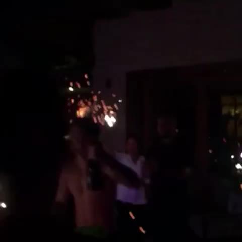 Vine by Justin Bieber Updates - Justin tonight at his birthday party! #JustinBieberUpdates