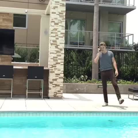 Vine by Logan Paul - watch out ... (w/ Marcus Johns; inspired by Joe Weller)