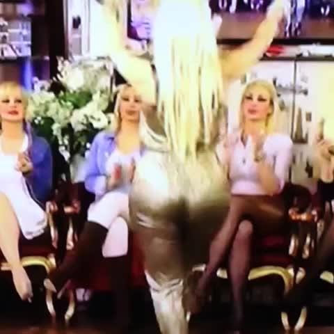Vine by Tülay Kumaşcı - Dansa devam 👏💖💋💃