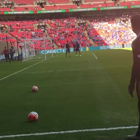 Vine by Chelsea FC - The #Chelsea goalkeepers warming up at Wembley... #CommunityShield