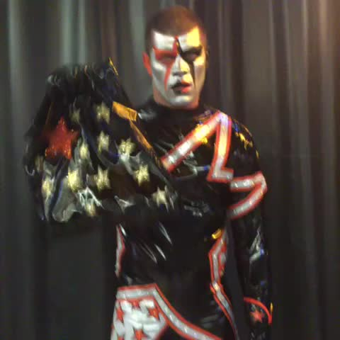 Vine by WWE - .@StardustWWE asks the WWE Universe, #WhatsInTheBag? Find out next on #Raw!