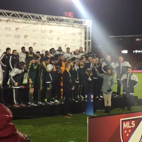 Vine by MLS - Western Conference 🏆 hoist. #MLSCupPlayoffs