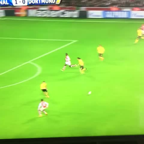 What a golazo from Alexis! - GoalsFCBs post on Vine
