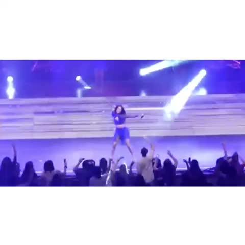 Vine by Jennnners - Camila 😂