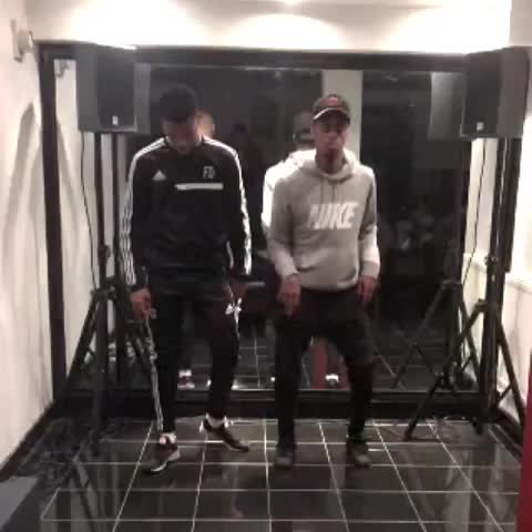 Vine by Milo Santos - Milo x Fabio; New dance move AyaYaa 👀🔥