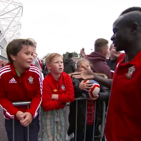 Vine by BT Sport Football - It looks like Sadio Mané is staying at @SouthamptonFC!