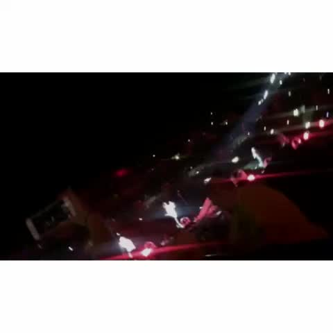 Vine by OTRA Updates - DRAG ME DOWN😍 #OTRAPittsburgh  {cc: otrat2015ww}