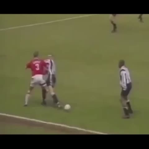 Vine by NUFCThreatLevel - Remembering that time @TinoAsprillaH was the finest South American footballer to grace Middlesbrough. #NUFC