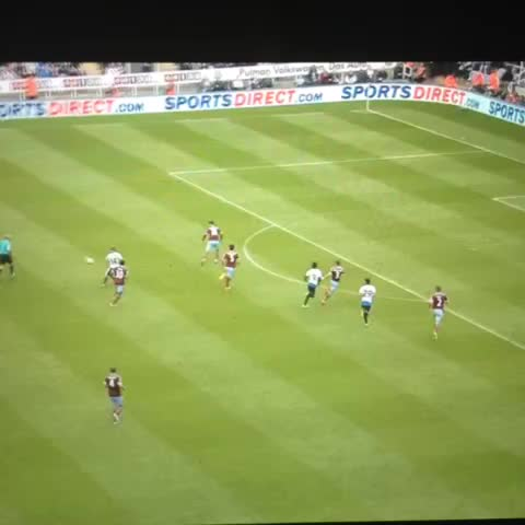 Vine by NUFC Banter - Jonas Gutierrez goal vs West Ham