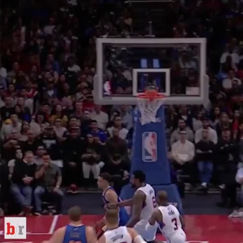 Vine by Bleacher Report - Magic cant believe Steph just did that to CP3 😂😂