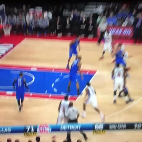 Brandon Jennings being an idiot #NBA #stupid #lol #pistons - Vine by BUCKETSNBA - Brandon Jennings being an idiot #NBA #stupid #lol #pistons