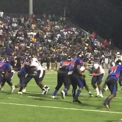 Michael lee with the redzone pick with 56 seconds left to seal the game #nolaprep - Vine by Amos Morale III - Michael lee with the redzone pick with 56 seconds left to seal the game #nolaprep