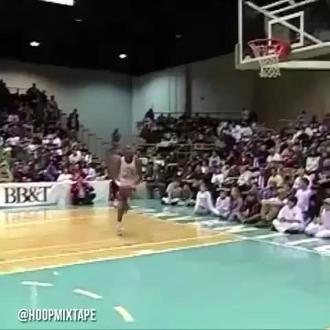 Vine by LeBron James ✅ - Throwback #KobeBryant  High School #DunkContest! #BlackMamba!🏆
