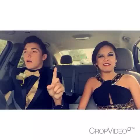 Vine by Marilyn Garcia - My world in a video 😻😭😂 #relationshipgoals #dance #vine